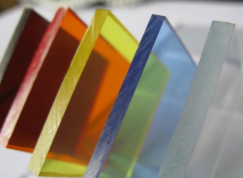 شیشه دوجداره رنگی